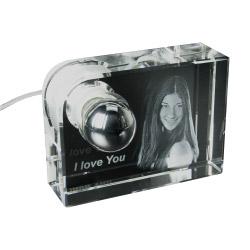 Glas-Leuchte mit 3D-Fotogravur L