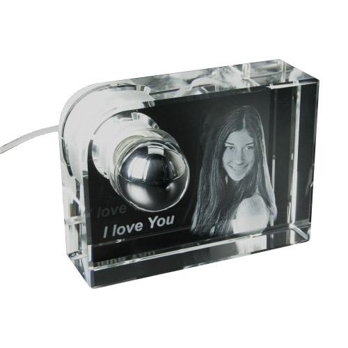 Glas-Leuchte mit 3D-Fotogravur M