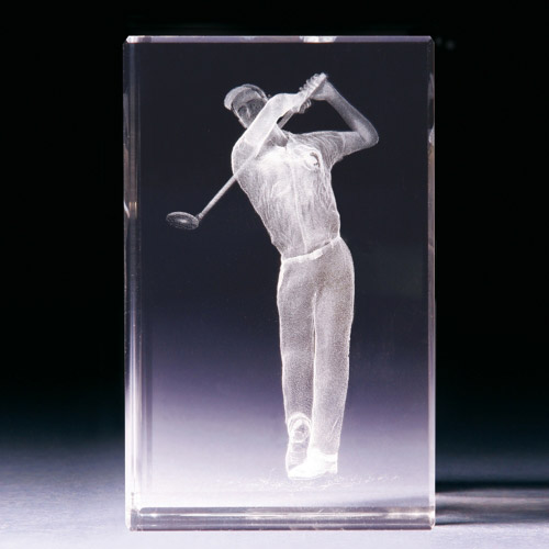 Glasblock - Golfer beim Abschlag