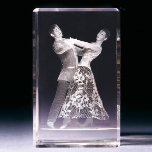 Glasblock - Tanzpaar
