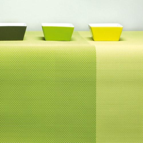 tischl ufer aus gewebtem vinyl gr n contento. Black Bedroom Furniture Sets. Home Design Ideas