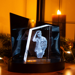 Fotogeschenke 3D Glasfoto TOWER M + Clarisso® Sockel - SET